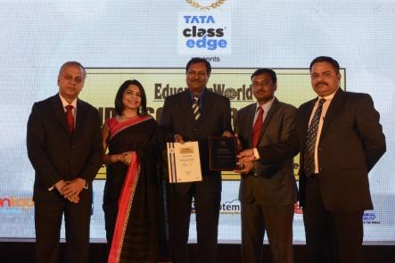 Dr. Sarvesh Naidu, School Director, Pathways World School, Aravali with Mr Arvind Chalasani (Principal Senior School) & Mr Girish Parashar collecting the award